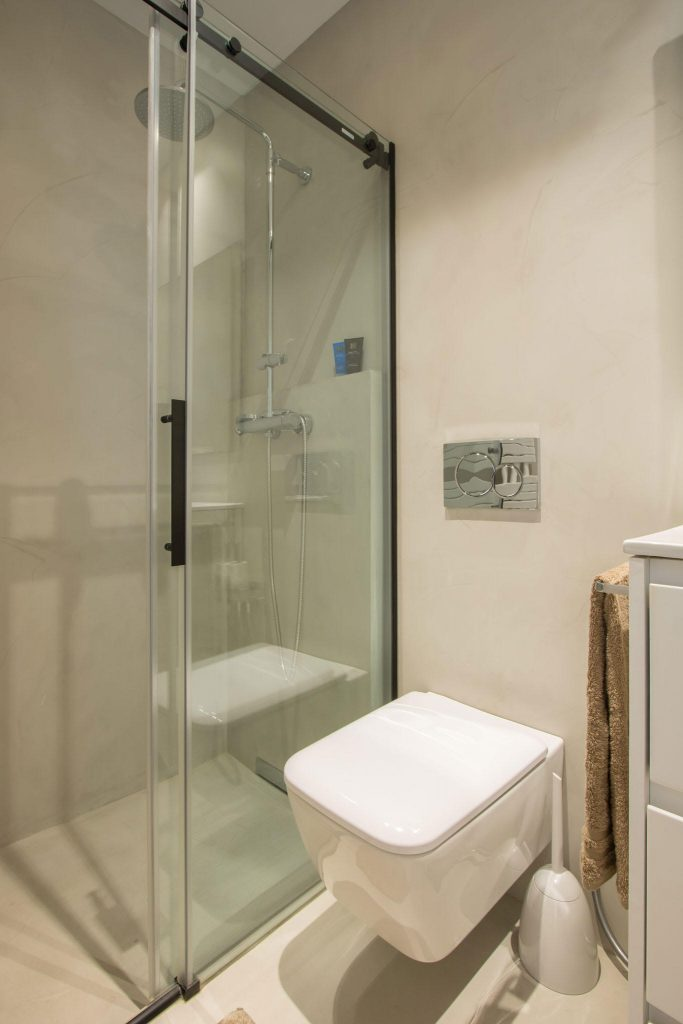 baño moderno sevilla casa inteligente