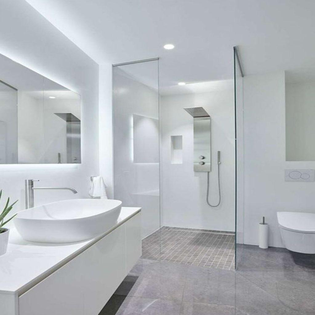 luz clara para baño